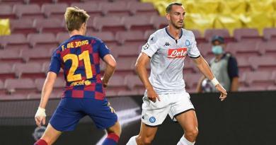 Napoli, sfuma il sogno Champions: il Barcellona si impone per 3-1