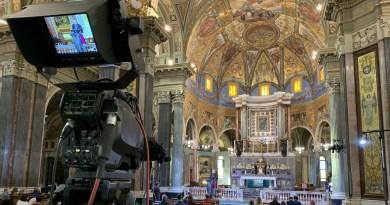 Per tutto ottobre la messa dal Santuario di Pompei sarà in diretta tv su Tv2000 e su Canale 5