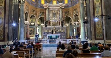 Ottobre al Santuario di Pompei: torna la preghiera mattutina del Buongiorno a Maria