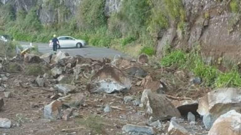 Rockfall closes Encumeada road, watch the video