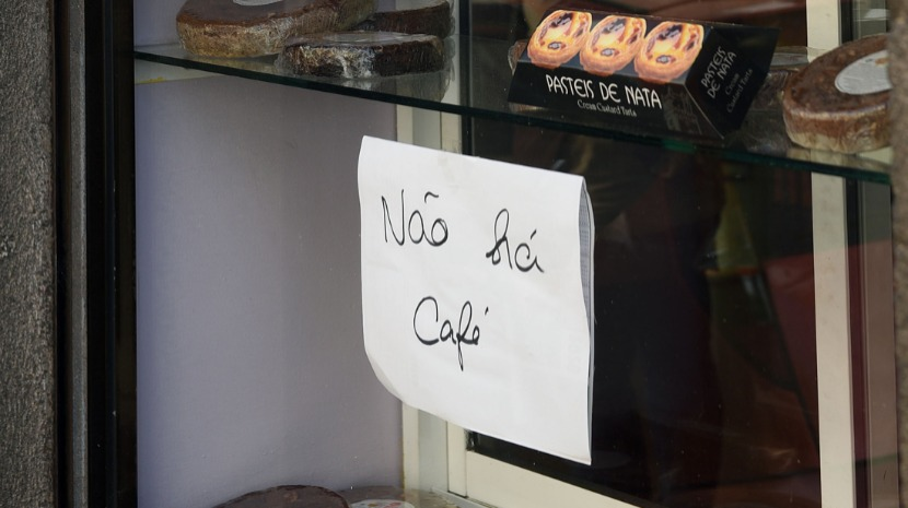 REGIONAL GOVERNMENT PROHIBITS SALE OF COFFEE IN MADEIRA - Madeira Island News Blog