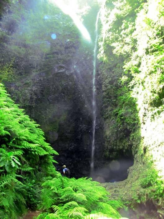 caldeirao verde waterfall