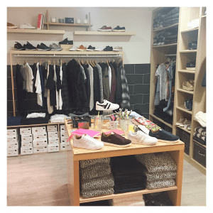 Dressing fille - store