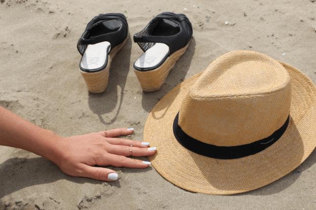 nailart feuille chapeau_mademoiselle-e