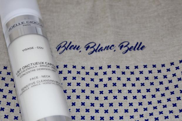 Bleu, blanc, belle Mademoiselle E - démaquillant