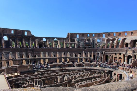 Rome city guide colosseo 2 mademoiselle-e