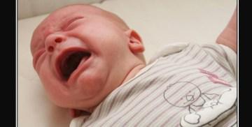 bebe pleureur