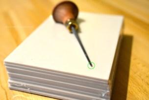 SoftCut Platten und das unglaublich feine Schnitzmesser. (0,5 Milimeter an der Spitze)