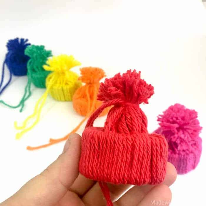 Mini Yarn Snowhats