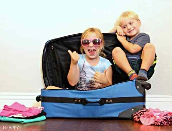 Traveling with Kids – Helping them Pack