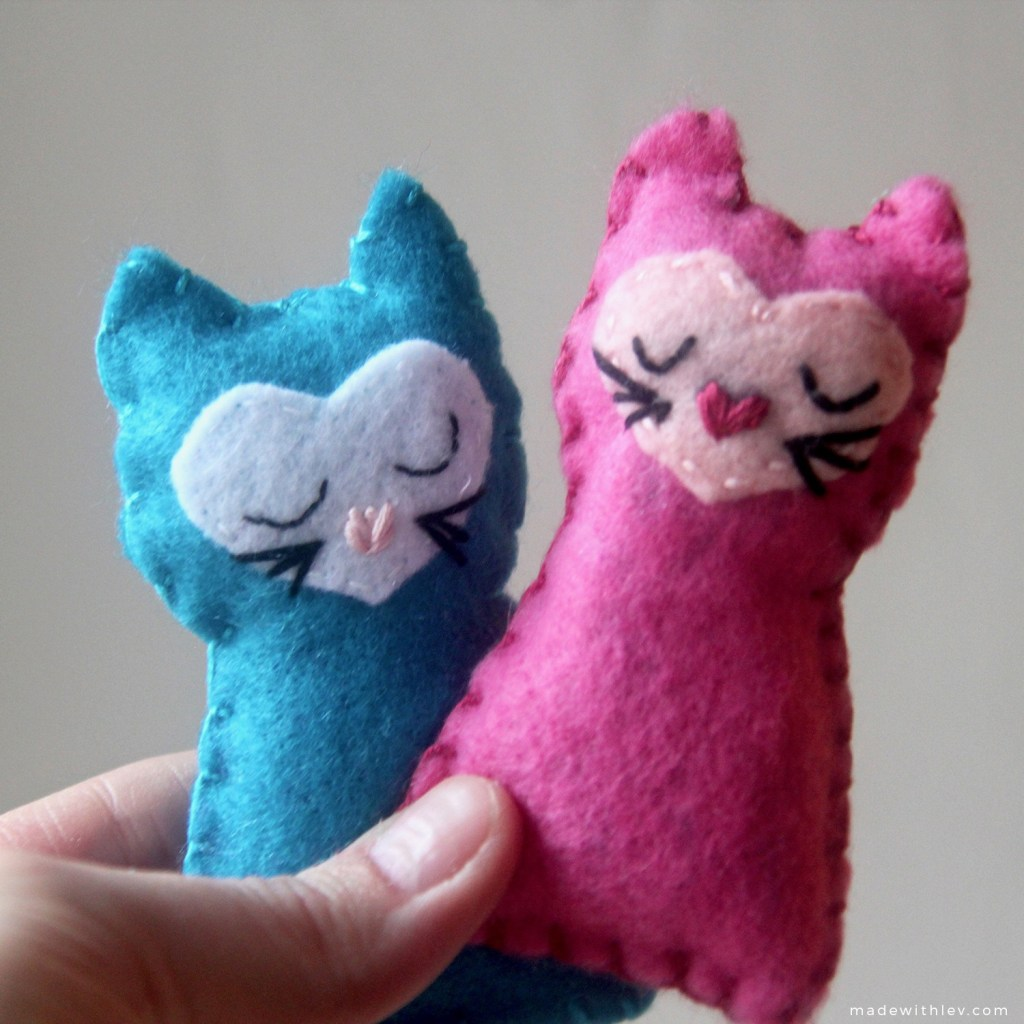 Pocket kitties via Swoodson Says