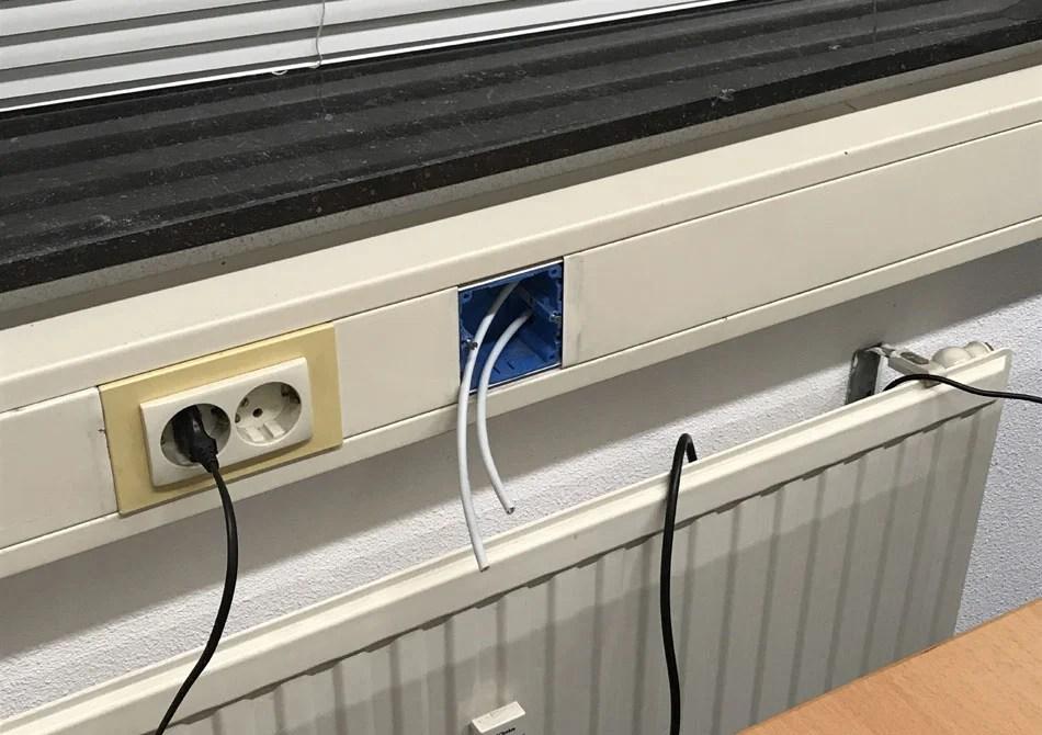 Datanetwerk aanleggen in Kantoornetwerk van Facility Point Rotterdam Airport