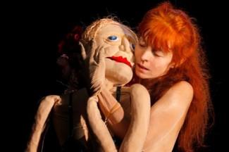 SOUS MA PEAU, le manege du desir (Genevieve De KERMABON) 2012