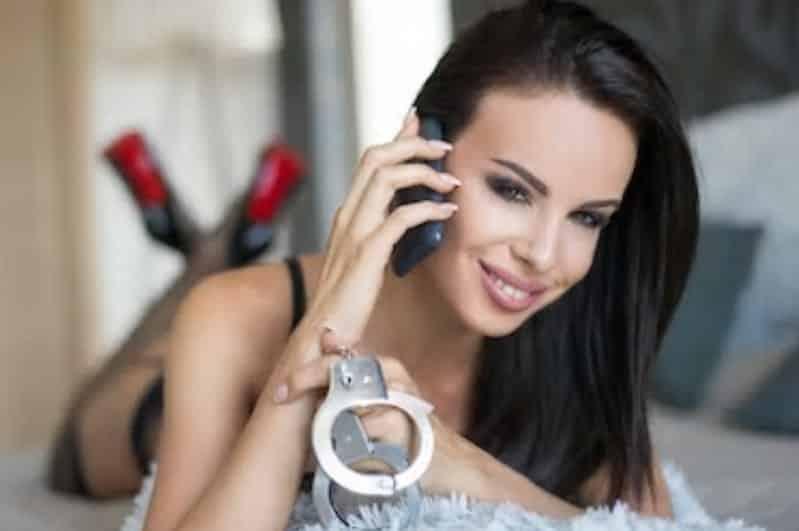 Dominatrix - Sexe au téléphone