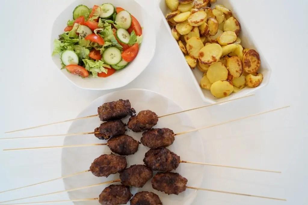 Grillede kebabspyd