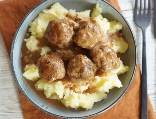 Kødboller med kartoffelmos