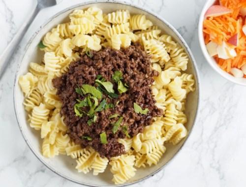 opskrift på millionbøf med spaghetti