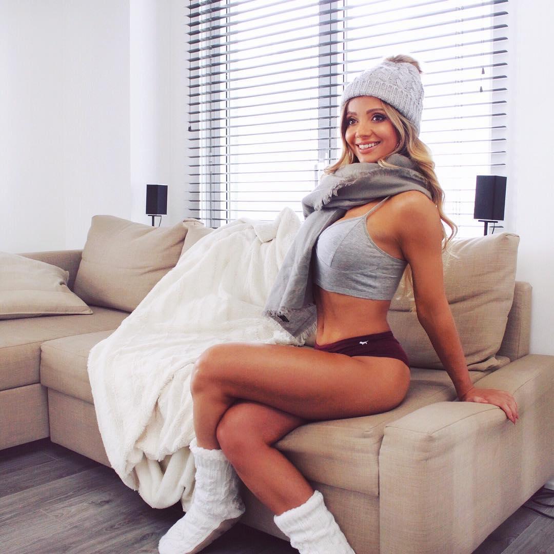 Yulia Kay (@itsyuliakay)