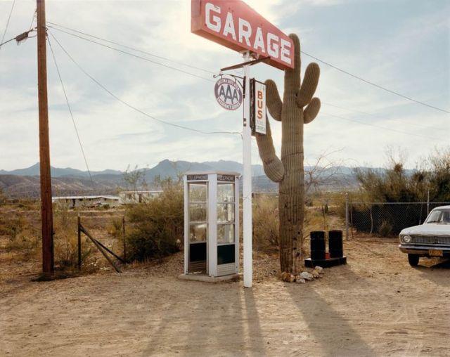 U.S. 93, Wikieup, Arizona, December 14, 1976 : by Stephen Shore