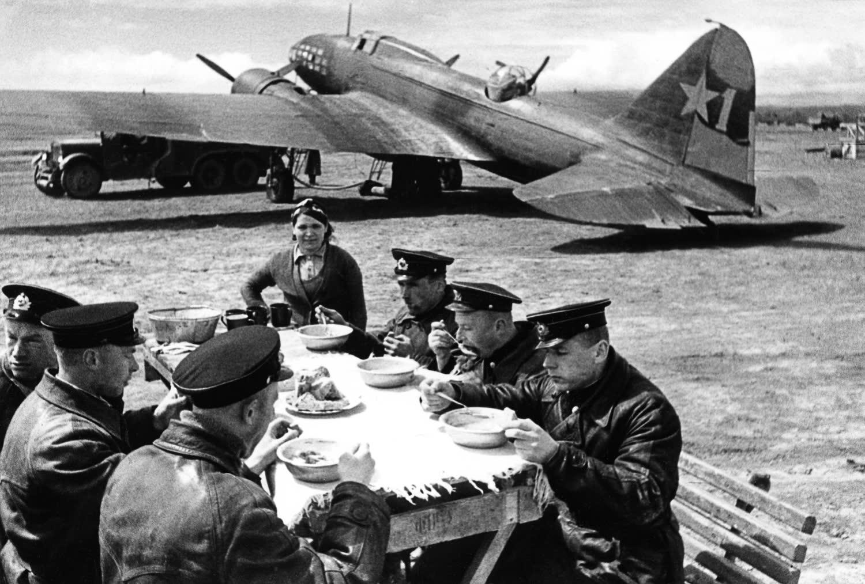 1° Divisione Aerea delle Guardie di Azione a Lungo Raggio