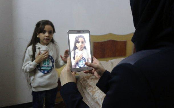 Bana al-Abed: la star di Twitter a sostegno dei terroristi