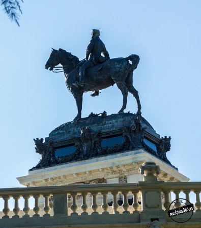 Monumento a Alfonso XII