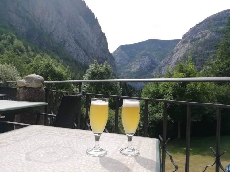 cerveza-con-limon-pyreneje