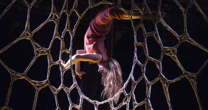 'Myres' un show circense en Teatro Circo Price 1