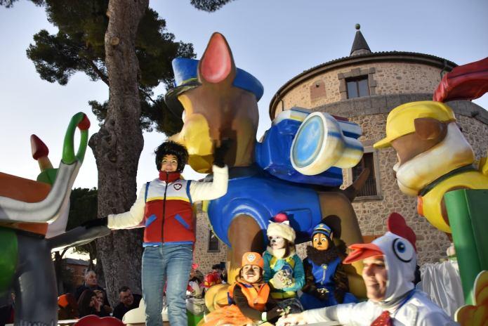 En imágenes | Sus Majestades Los Reyes Magos llegaron a Villaviciosa de Odón con una gran comitiva real 2