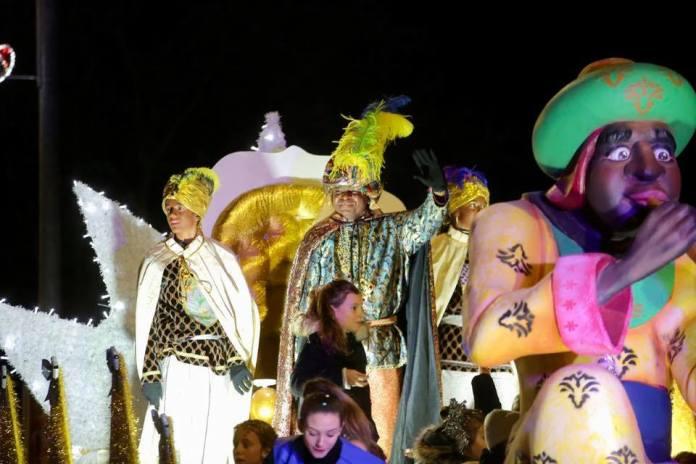 En imágenes | Los Reyes Magos llevaron la ilusión a Las Rozas y Las Matas 1
