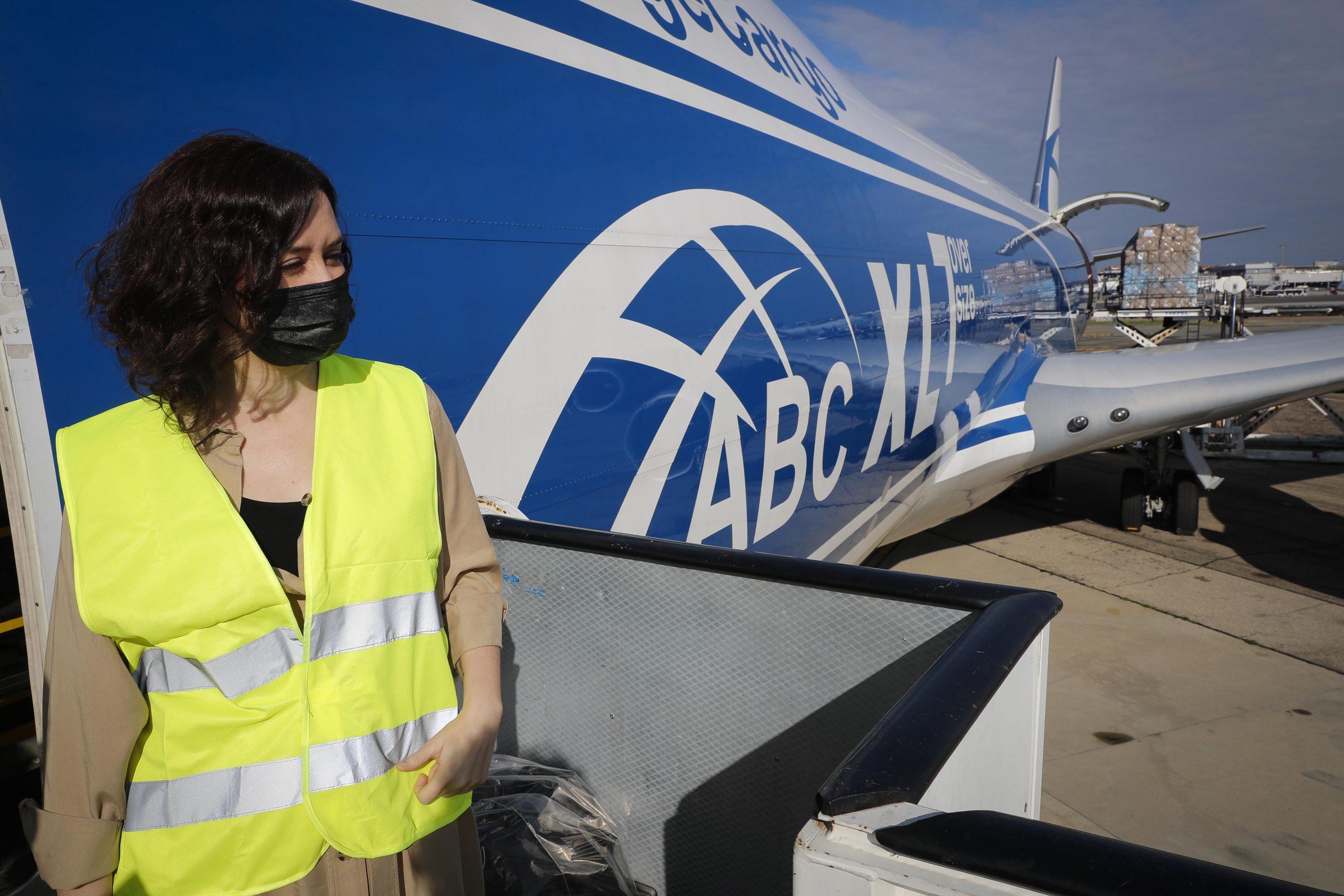 113 toneladas más de material sanitario aterrizan en Madrid 4