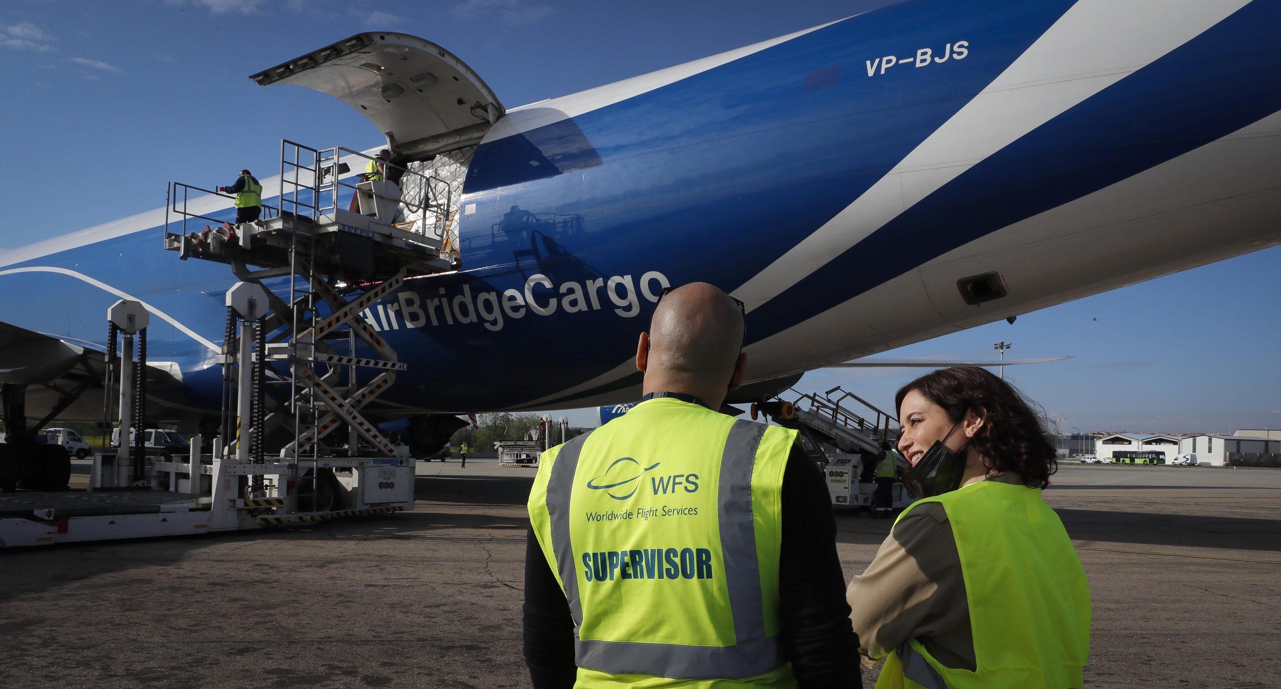 113 toneladas más de material sanitario aterrizan en Madrid 1