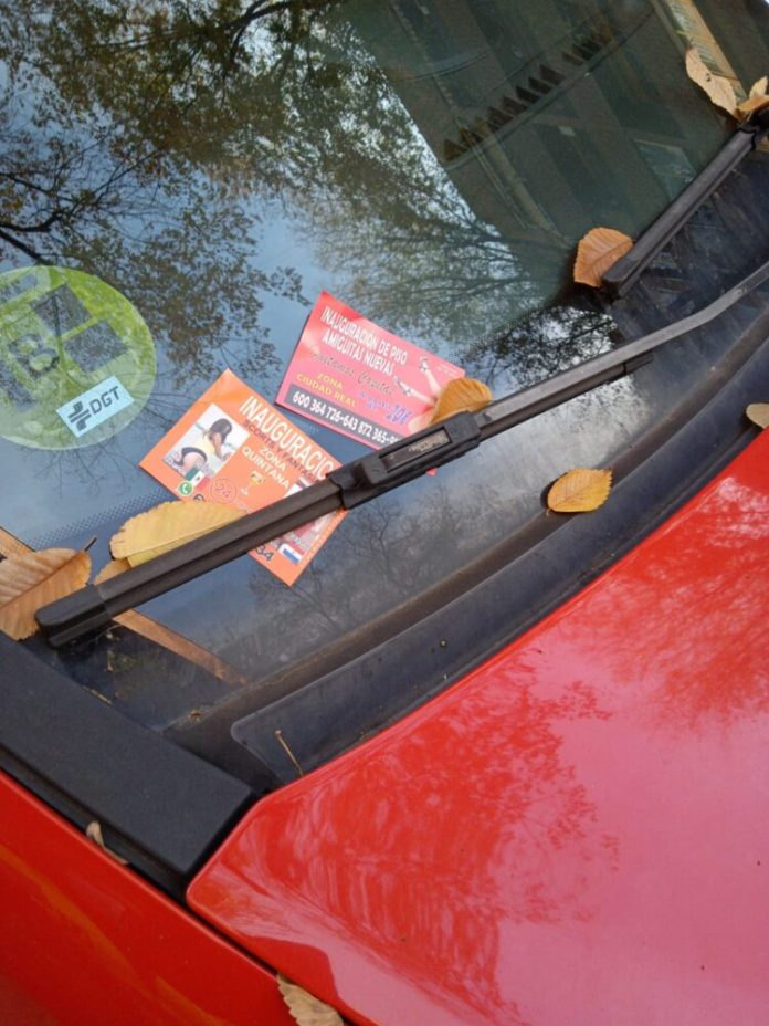 Campaña para la retirada de la publicidad de prostitución en vehículos en Ciudad Lineal 1