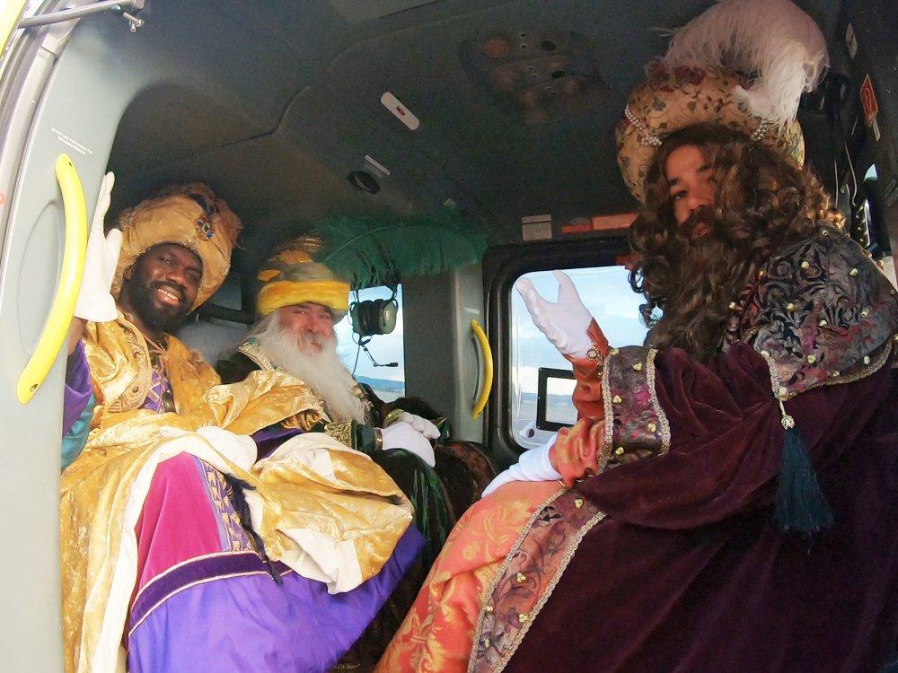Los Reyes Magos recorrieron el cielo de Torrejón: imágenes 3