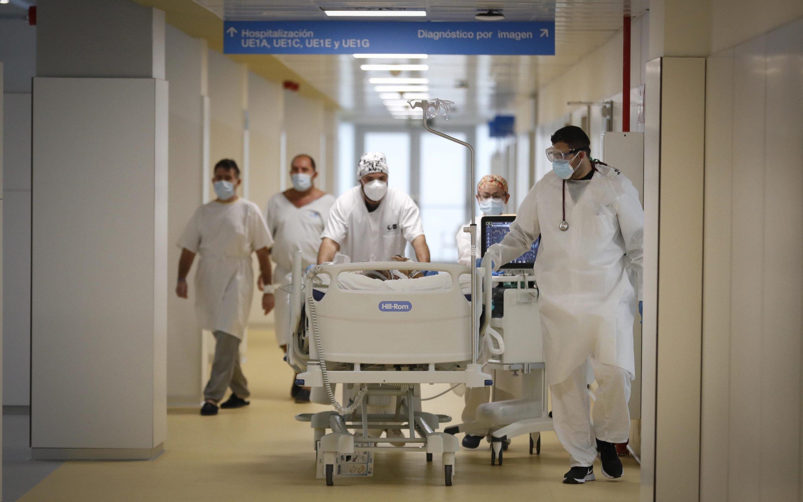 El hospital Isabel Zendal prepara 352 nuevas camas ante la tercera ola 3