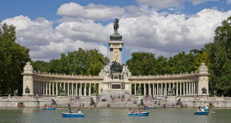 'Pasea Madrid' ofrece visitas guiadas gratuitas con 13 temáticas diferentes 3