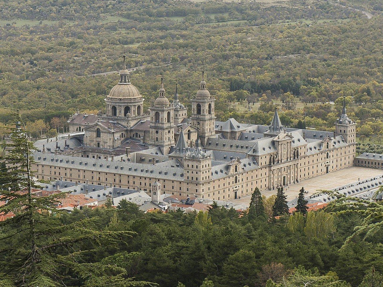 Monasterio de El Escorial: emblema turístico durante la Semana Santa 1
