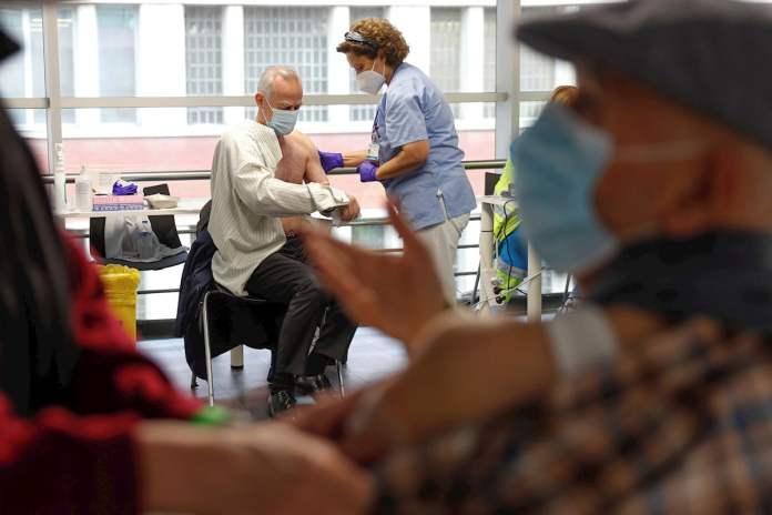 Madrid alcanza el 25% de inmunización frente a la Covid y pone fecha al fin de las mascarillas al aire libre 1
