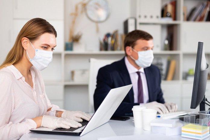 El precio de las oficinas cae un 4% a causa de la pandemia 1