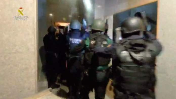 La Guardia Civil detiene a once personas por intento de homicidio entre traficantes 1