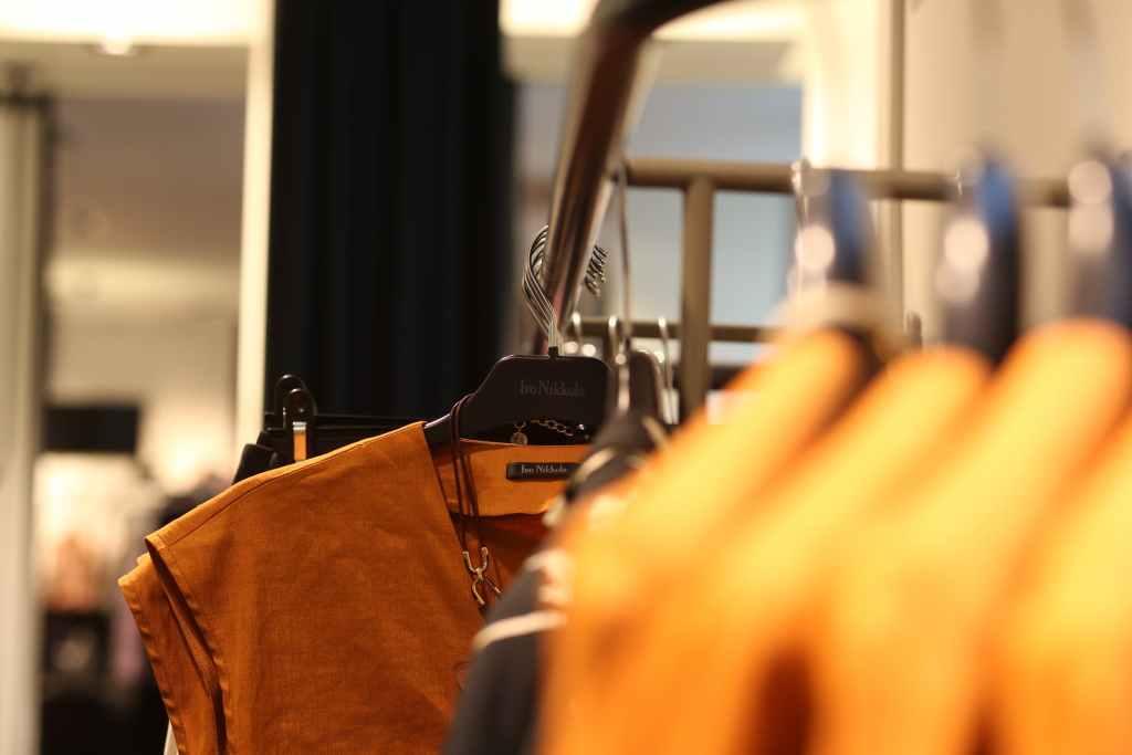 Licencia de actividad y apertura tienda de ropa y moda 9 1024x683