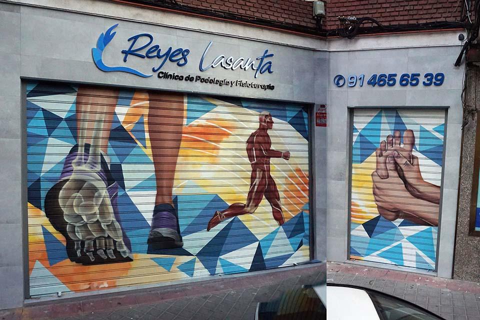 graffiti clinica podologia cooltourspain