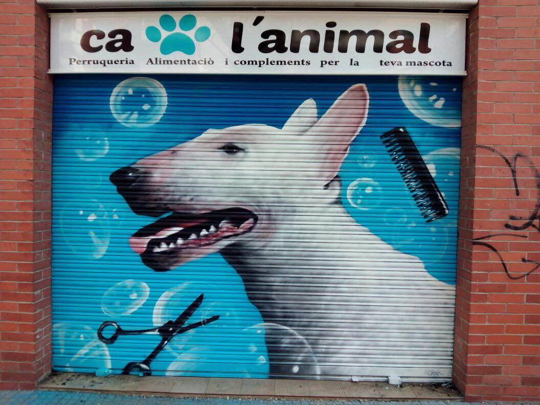 grafiti cierre tienda mascotas