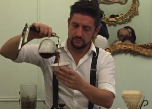 mocay-madrid-adrian-fernandez-cafe