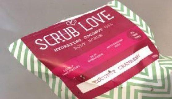 scrub love bañera exfoliante natural coco y arándanos cosmetica organica 4