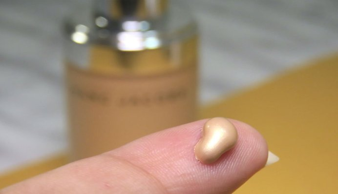 marc jacobs beauty Dew Drops Coconut Gel Highlighter líquido dew you iluminador 4