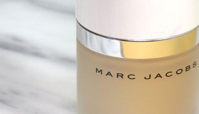 marc jacobs beauty Dew Drops Coconut Gel Highlighter líquido dew you iluminador 7