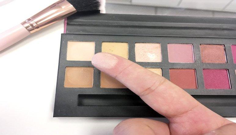 delicious w7 modern renaissance abh look makeup colores pigmentacion mate