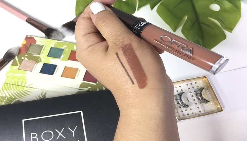 boxycharm junio alamar cosmetics reina del caribe palette pestañas postizas luxie brochas jontenblu ofra labiales 3