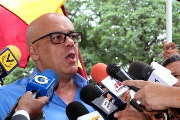 """¡JUEGA POSICIÓN ADELANTADA! Jorge Rodríguez dice que el revocatorio """"está muerto"""" y así le responden"""